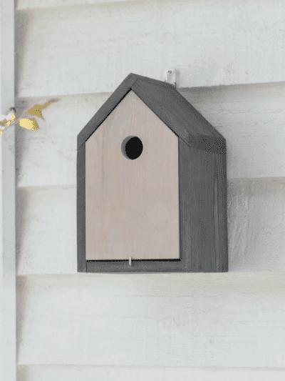 Garden Trading Traditional Bird House
