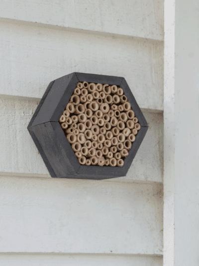 Garden Trading Hexagonal Bee House