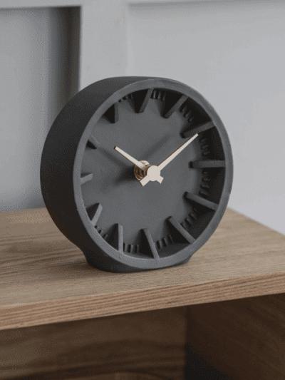 Garden Trading black Desk Clock